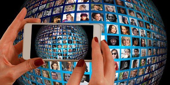How to create a social media savvy office