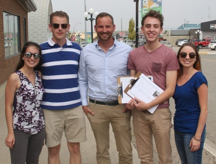 Summer students visit Kindersley with NDP leadership candidate