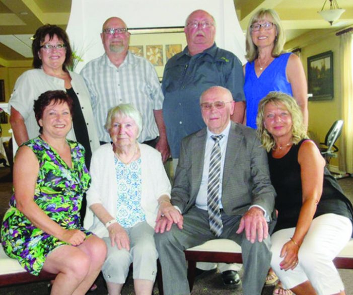 Couple celebrates 70th anniversary