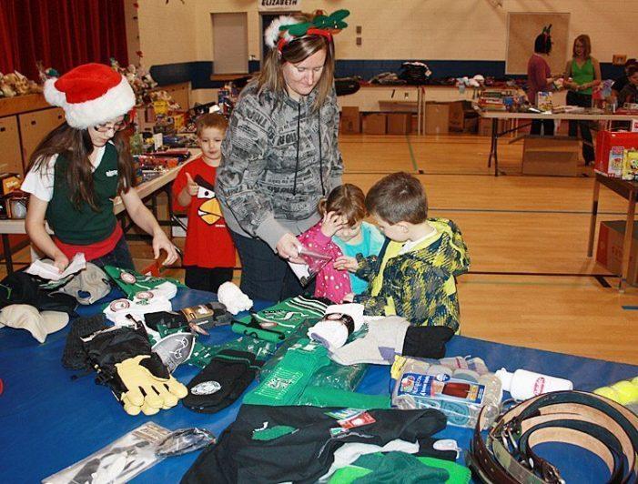 Santa's Hut program gathering donations for Christmas season