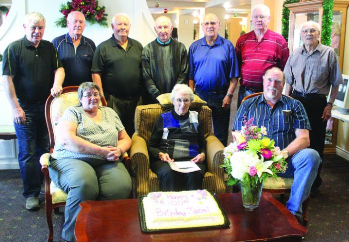 Senior Klippers alumni gather for birthday surprise