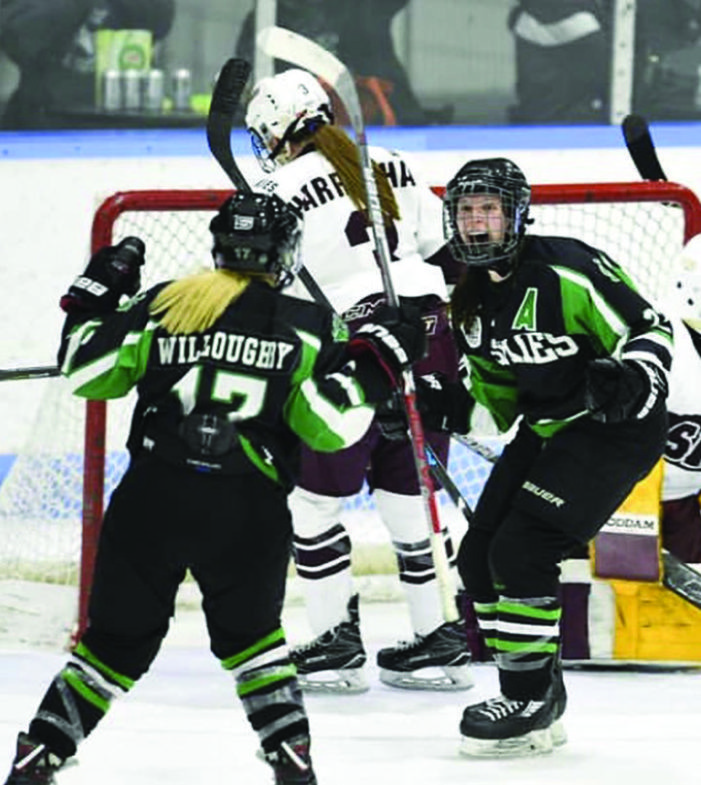 Kindersley duo reflect on university hockey careers