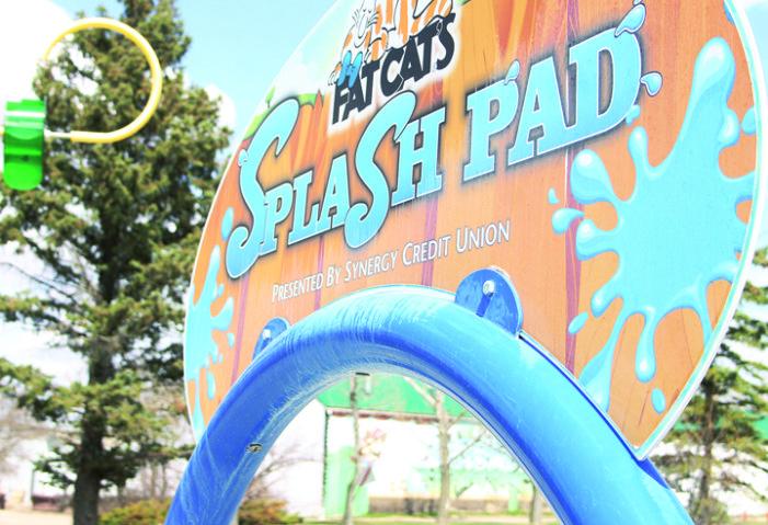 Splash pad opening