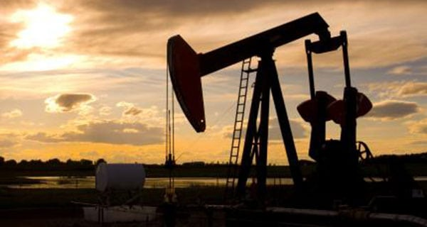 Canadian oil and gas extraction industry revenue up