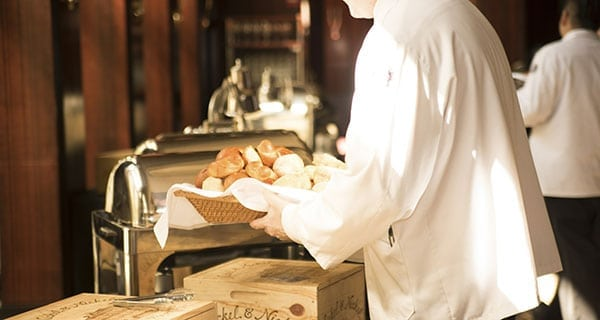 Restaurant industry expects tough year ahead