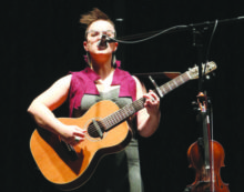 Raine Hamilton Trio wows audience