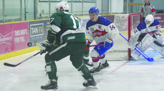 Klippers split two close games on weekend